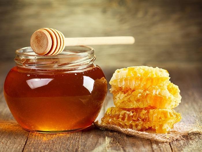 мед и соты медовые